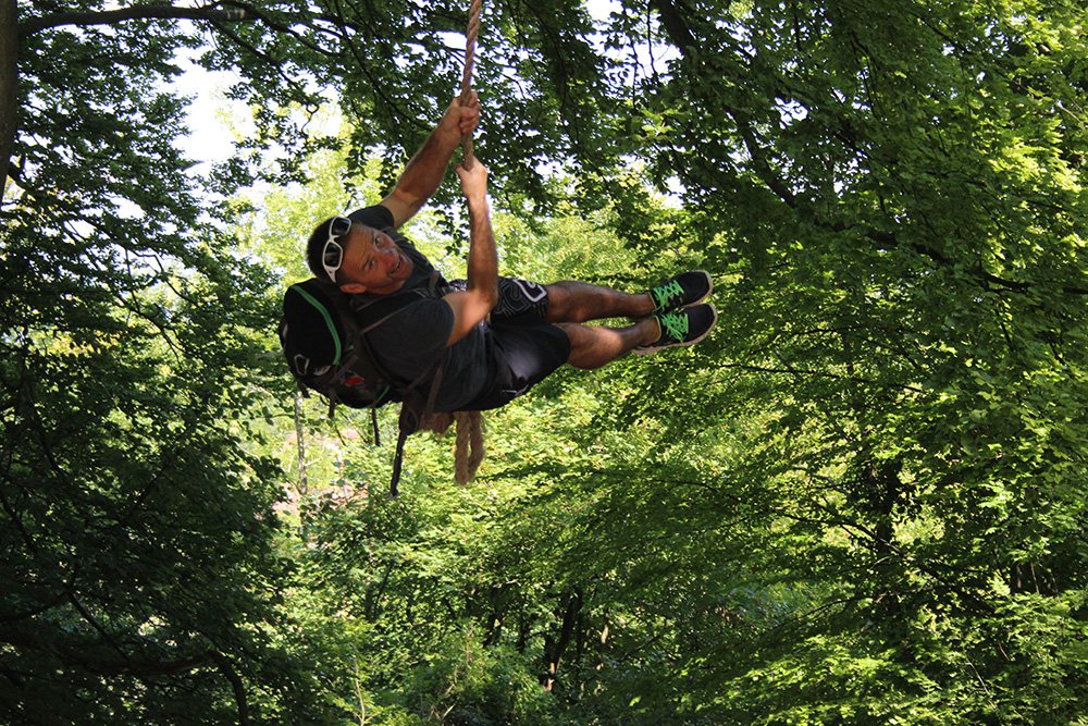 Neil rope swing
